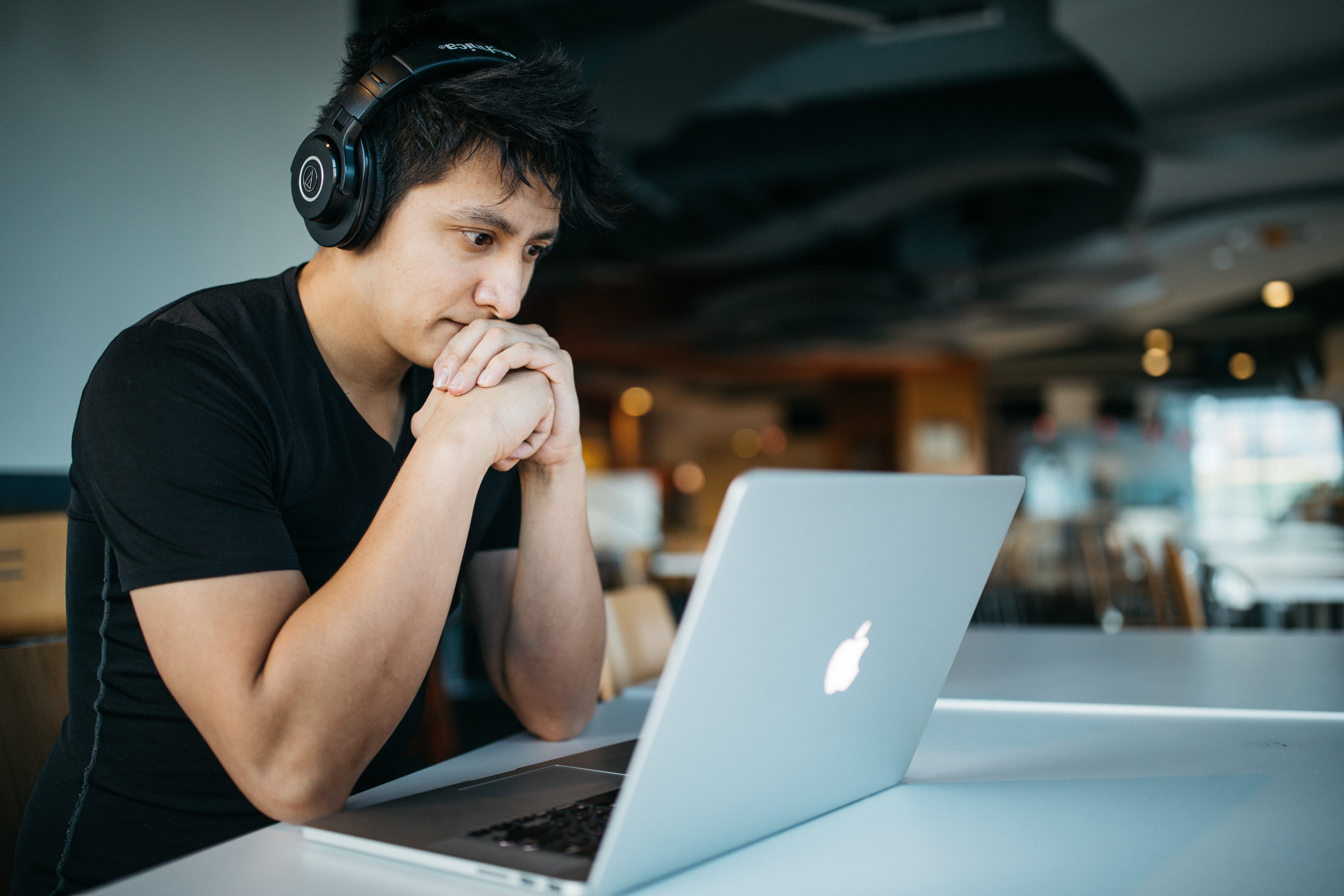 Man taking e-learning course